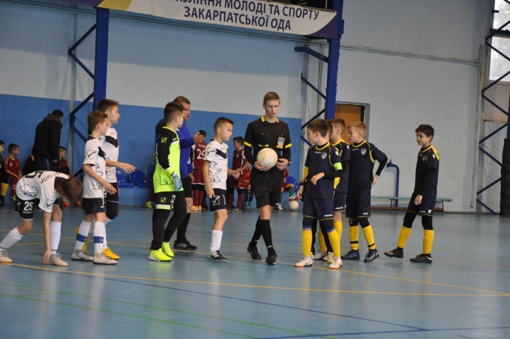В ужгородському спорткомплексі «Юність» завершилися баталії першого в новому році турніру.