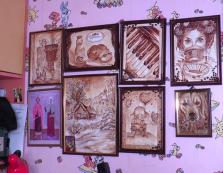 Закарпатська художниця малює особливі картини – кавою