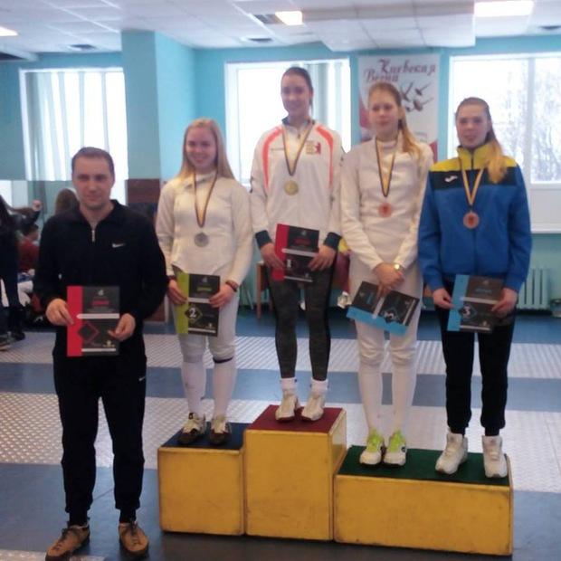 Гордість краю! Ужгородка Дарія Варфоломеєва стала чемпіонкою України з фехтування