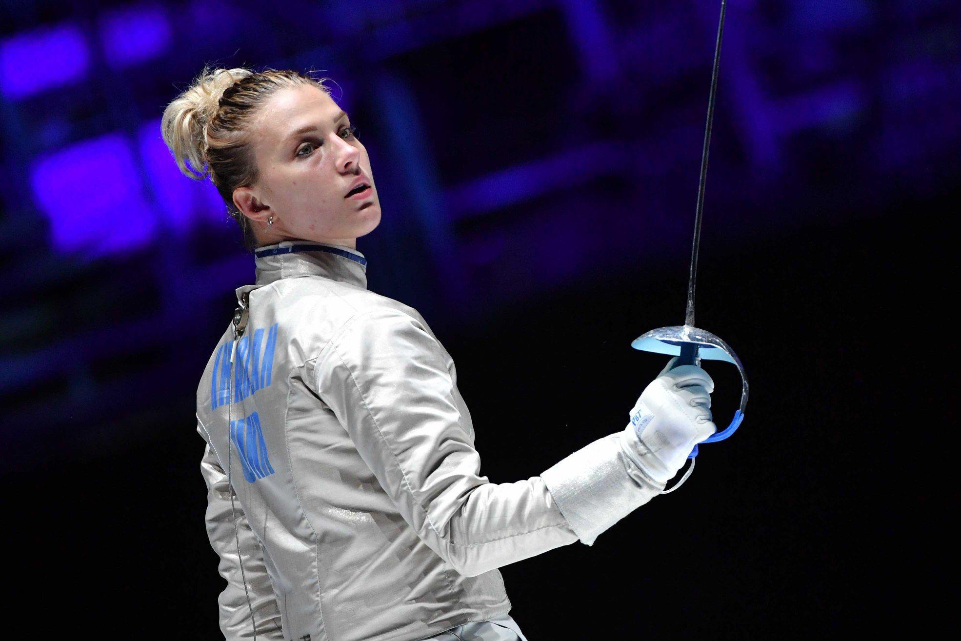 У фіналі в напруженій боротьбі вона перемогла представницю Росії і здобула сьому особисту нагороду чемпіонату світу з фехтування.