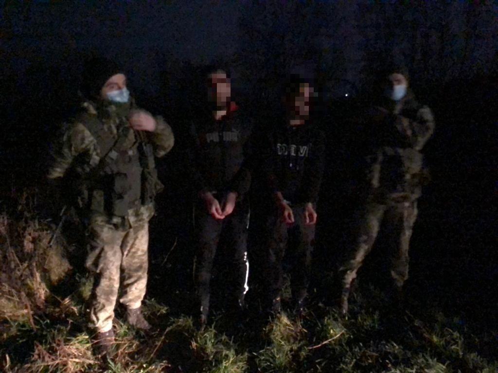 Военнослужащие Государственной пограничной службы активно выступают против контрабанды табака, нелегальных мигрантов и других противоправных действий на границе.