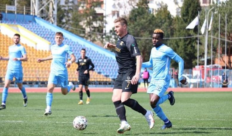 Футбольний матч зіграли на ужгородському стадіоні «Авангард».