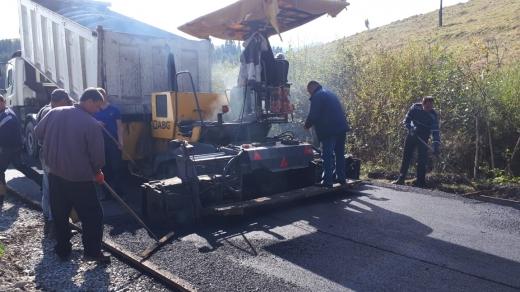 Триває капітальний ремонт дороги Пилипець – Розтока