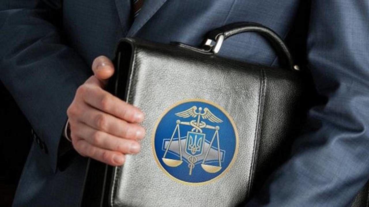 Подання на погодження на посаду Миколу Ботоша надійшло на ім'я в.о. начальника відділу в сфері запобігання, виявлення та протидії корупції Держмитслужби Євгену Мотузко.