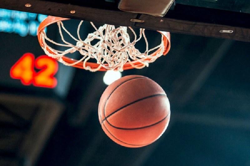 У сезоні 2019/20 за першість боротимуться 7 команд. Минулої суботи, 5 жовтня, на майданчику ужгородського СК «Буревісник» відбулися ігри першого туру.