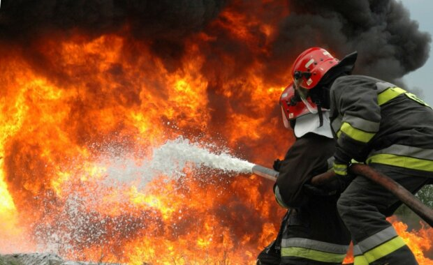 Вранці 10 лютого сталася пожежа на території приватного обійстя в с. Лисичево Іршавського району. Відповідне повідомлення надійшло до Служби порятунку о 04:55.