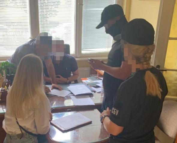 Служба безпеки України у Закарпатській області заблокувала рейдерське захоплення земельної ділянки загальною площею 2,5 га, ринкова вартість якої понад 21 млн грн.