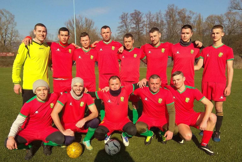 У неділю, 9 лютого, відбувся перший тур Зимової першості Ужгородського району з футболу.