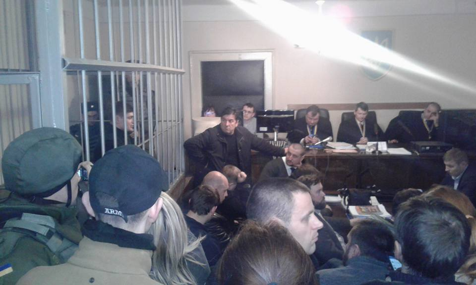 Суд заДрагобрат: Нацика випустили напоруки, Хорвата залишили під вартою