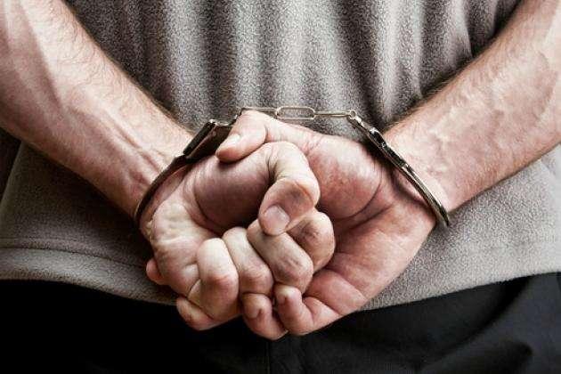 Сьогодні, 21 лютого, працівники Тячівського відділу поліції, під процесуальним керівництвом місцевої прокуратури провели обшук за місцем проживання 33-річного жителя Тячева.