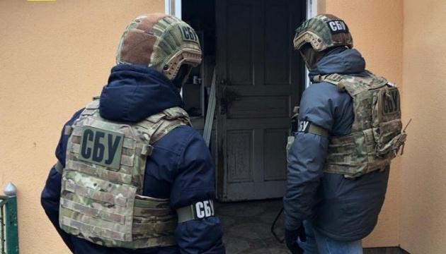 Служба безпеки України викрила у Закарпатській області трафік нелегального транзиту іноземців до європейських країн.
