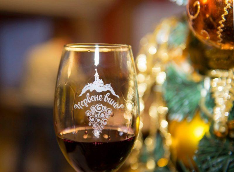 Из-за жесткого карантина ежегодный винный фестиваль в Мукачево не состоится.