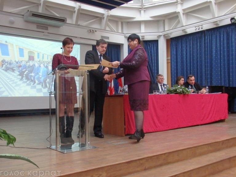 В Берегові відбулася 26 конференція Закарпатського угорськомовного педагогічного товариства / ФОТО