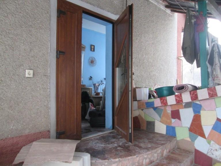 На службу «102» надійшло повідомлення про те, що в смт.Тересва обікрали будинок місцевої жительки.