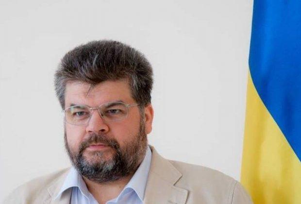"""Майбутній нардеп від """"Слуги народу"""" Богдан Яременко виступає за введення кримінальної відповідальності за сепаратні переговори з представниками країни-агресора."""