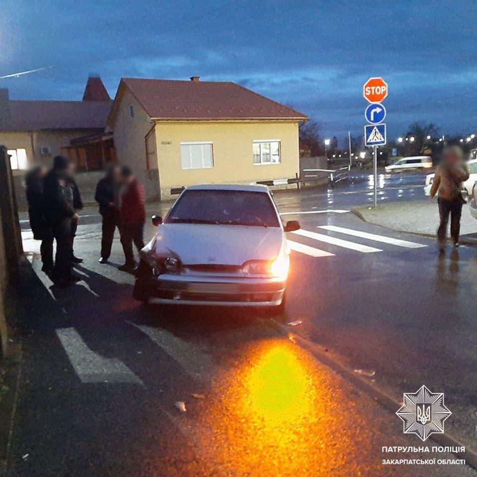 4 февраля, около 19 часов, патрульным поступило сообщение о ДТП со скрывшимся на улице Университетской, в Мукачево.
