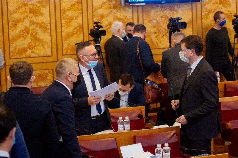 Депутати обласної ради підтримали бюджетні програми обласного бюджету, які забезпечують виконання інвестиційних проектів на 2020-2023 роки.