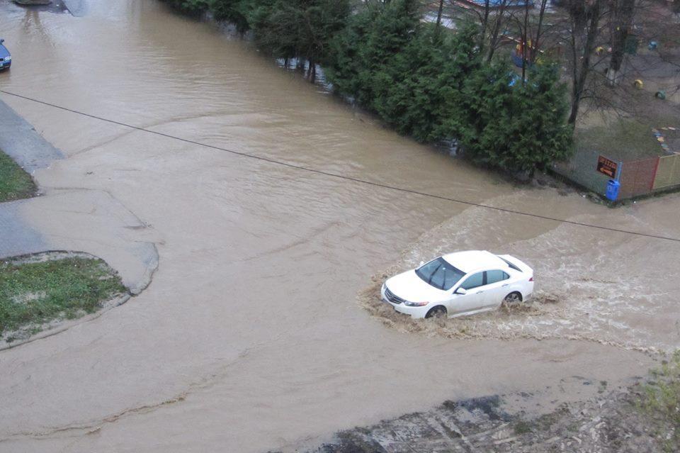 Ужгород затопило!