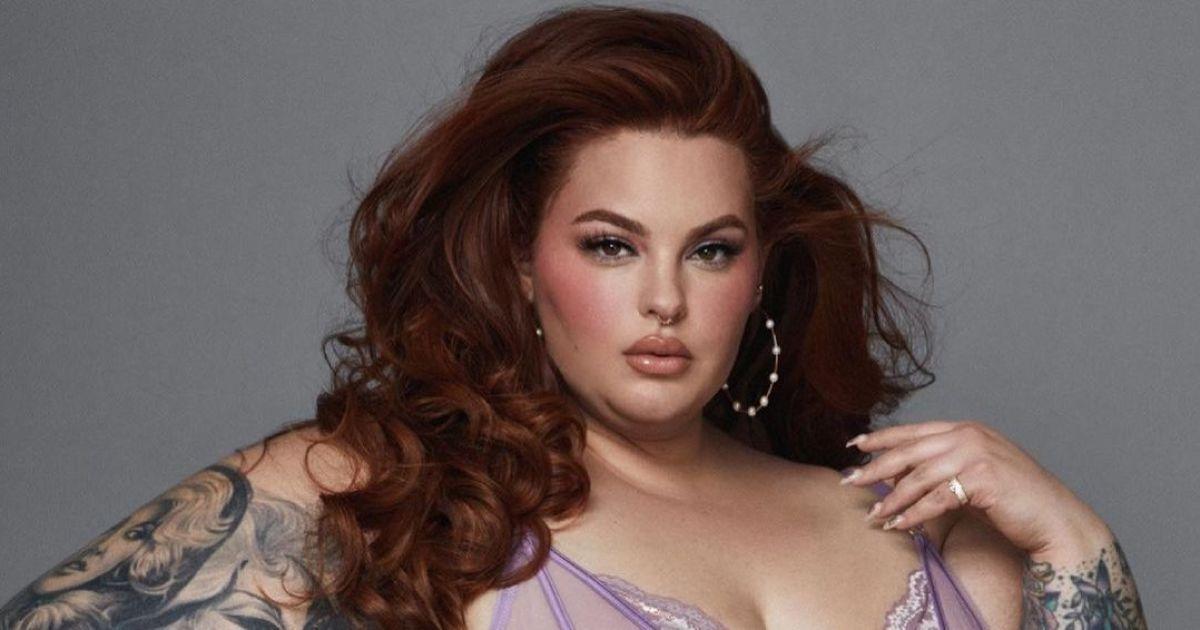 Відома американська plus-size модель Тесс Голлідей спричинила фурор новим відвертим фото.