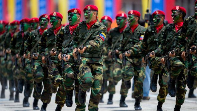 За останні 25 років у Венесуелі були три спроби військового перевороту.