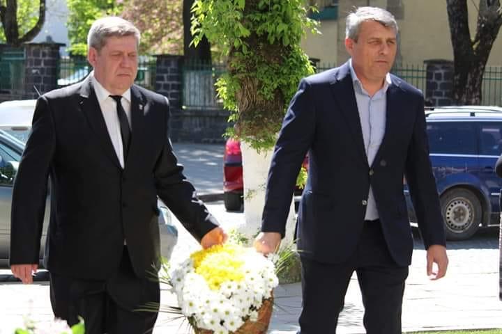 В ці дні свій день народження святкує український політик з Виноградова Іван Бушко.