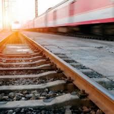 У неділю на півдні Польщі потяг зіткнувся з фургоном, у якому перебували двоє українців – вони були в нетверезому стані.