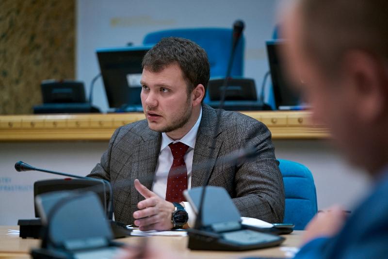 Міністерство інфраструктури України докладає всіх зусиль, щоб після закінчення карантину 22 травня пасажирський транспорт зміг поступово відновити свою роботу