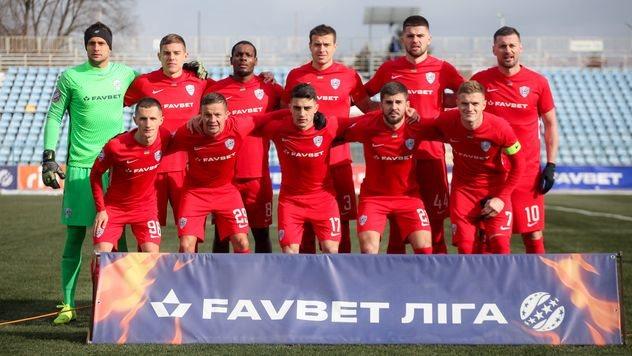 Перша перемога в календарному році дозволила закарпатському «Минаю» залишити останню сходинку в турнірній таблиці Української Прем'єр-ліги, але основна боротьба за порятунок ще попереду.