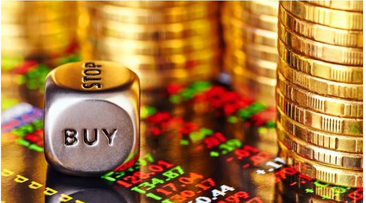 У вівторок ціни на золото продовжили зростати, закрившись вище психологічно важливої позначки $2 тис. І це, як стверджують експерти, ще не межа.