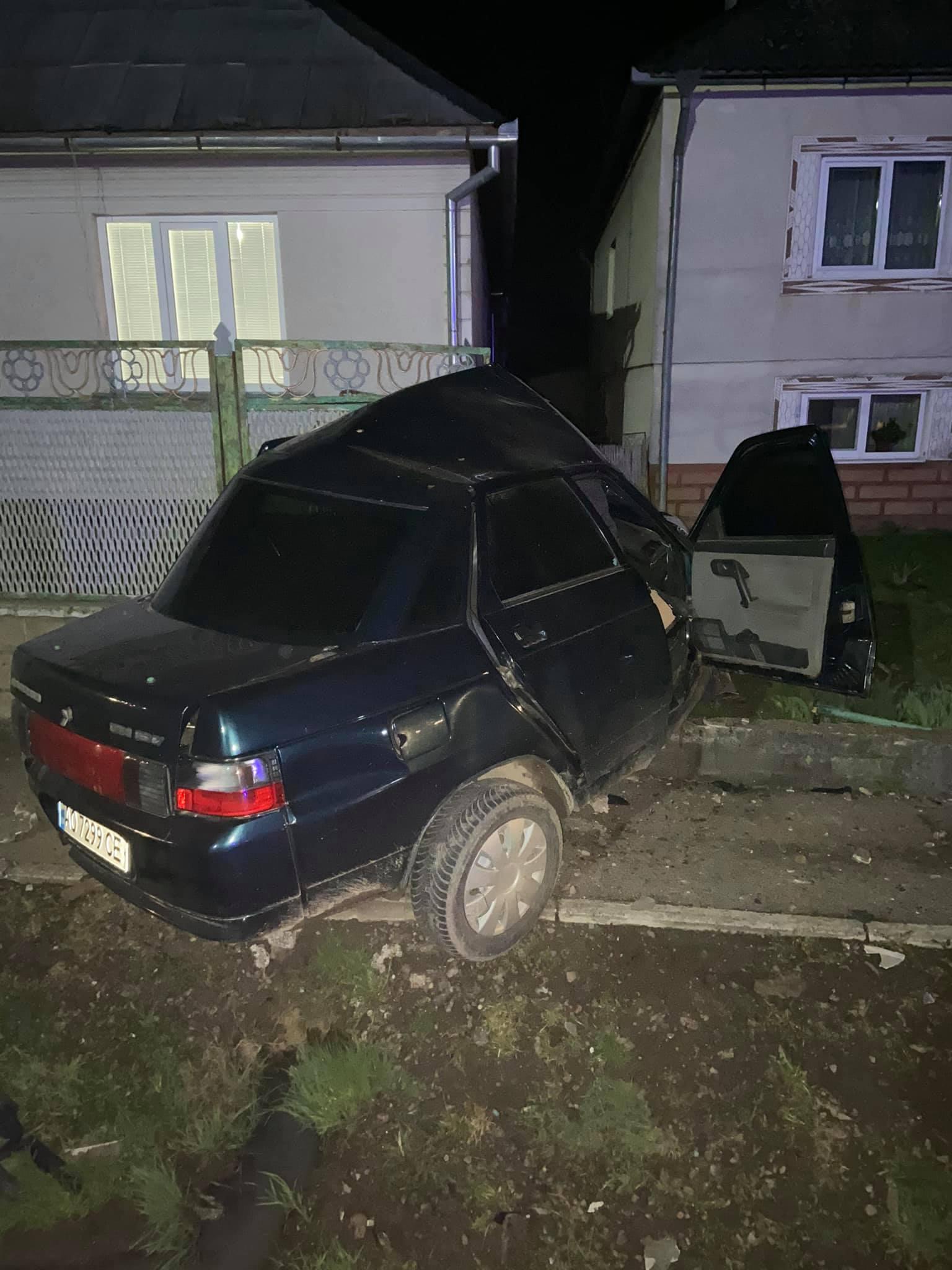 За словами очевидців, водій був на підпитку і ледве стояв на ногах.