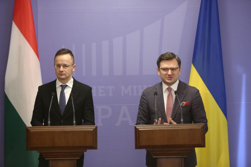 Про це заявив Віце-прем'єр-міністр Дмитро Кулеба на спільному брифінгу з Міністром зовнішньої економіки і закордонних справ Угорщини Петером Сійярто за результатами двосторонньої зустрічі.