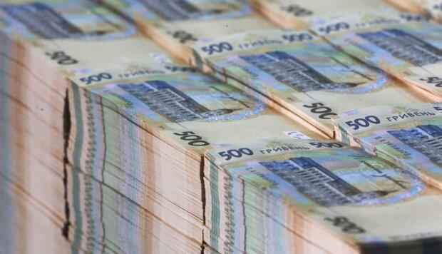 Порівняно з минулим роком мільйонерів у країні побільшало, а доходи в понад мільярд задекларував лише один українець.