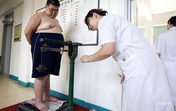 У три роки хлопчик важив 30 кілограмів, а до 13 років його серце