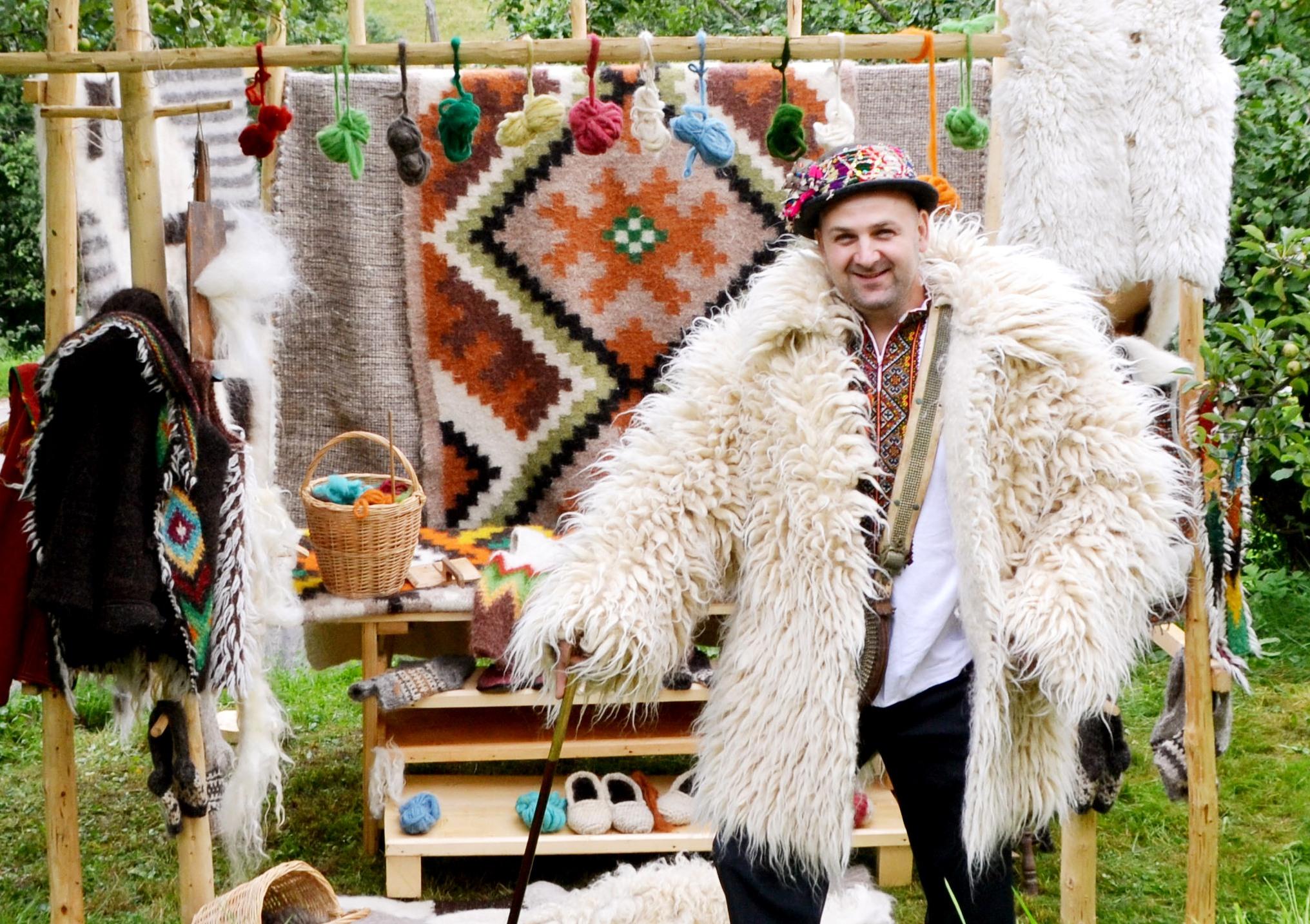 Щорічно, 27 вересня відзначають Всесвітній день туризму, а з 1998 року - і День туризму в Україні.