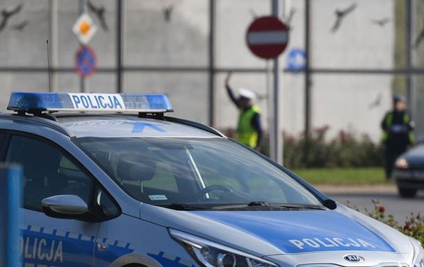 П'яний громадянин України, намагаючись припаркуватися, розбив вісім машин у польському місті Катовіце. Тепер йому загрожує до двох років позбавлення волі.
