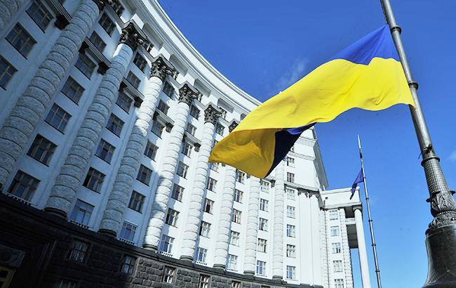 Аваков і Маркарова залишаться в уряді.