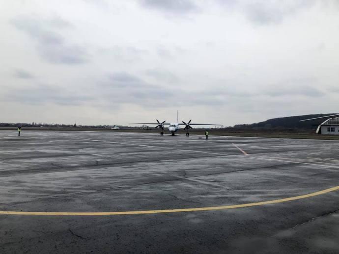 Міністерство інфраструктури вважає відкриття аеропорту