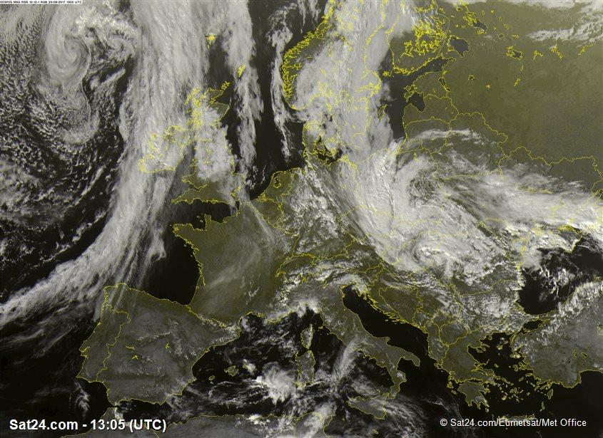 Деякі райони Закарпаття може зачепити ураган, який насувається з Угорщини – синоптик