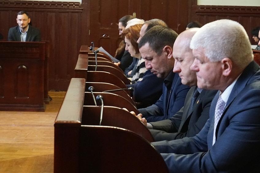 Сьогодні на сесії депутати призначили стипендії Мукачівської міської ради  7 найкращим спортсменам та 8 тренерам Мукачівської ОТГ.