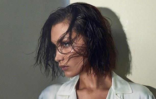 Модель Белла Хадід узяла участь у зйомках реклами модного дому Burberry. Весь одяг для фотосесії був бежевого кольору.