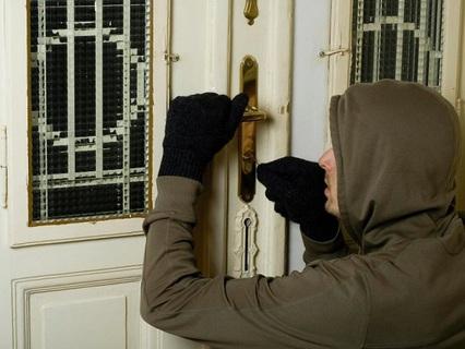 Поліція затримала юнаків, що мали намір обікрасти будинок