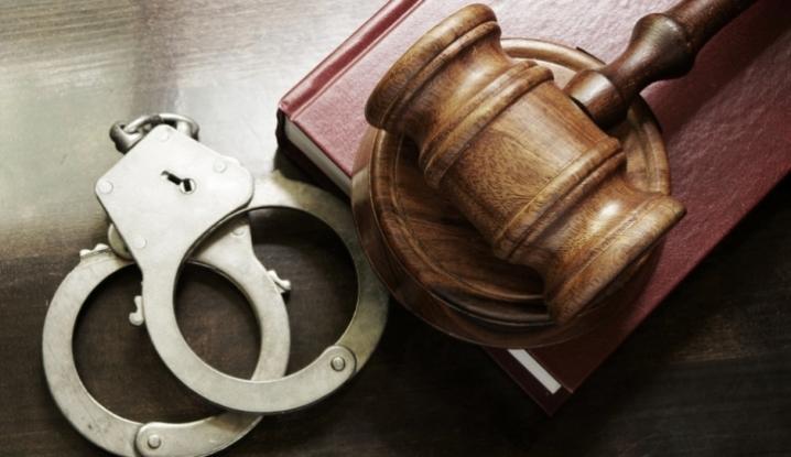 Процесуальним прокурором Берегівської місцевої прокуратури доведено вину 43-річного мешканця м.Дніпро у незаконному придбанні та зберіганні метамфетаміну (ч.2 ст.309 КК України).