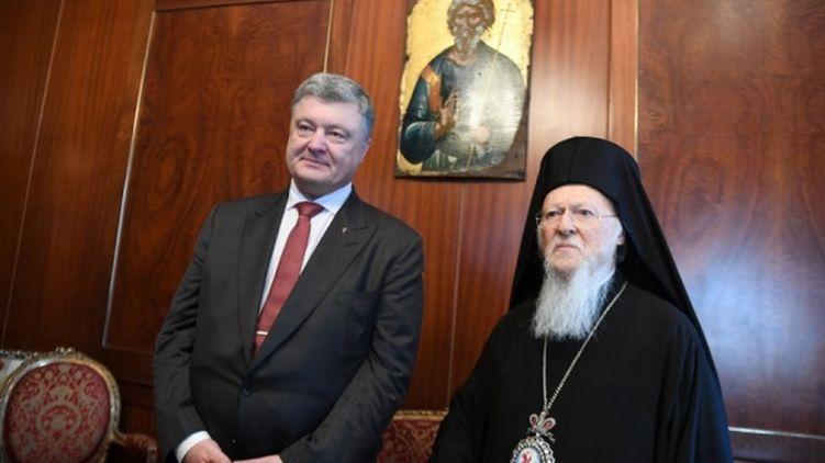 Адміністрація президента не втрачає надій найближчим часом закінчити процес створення помісної церкви в Україні.