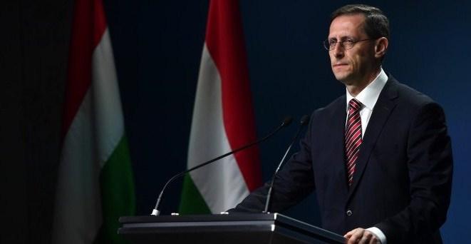 Угорщина готова почати переговори про вступ в Євразійський банк розвитку (ЄАБР) в якості повноправного члена, заявив міністр фінансів Мігай Варга (Mihály Varga) на конференції в Москві в листопаді.
