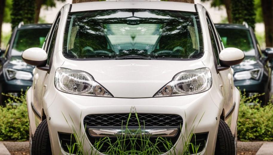 Як турбота про екологію вплине на автолюбителів? Адже вже з 2027 року Уряд планує завершити еру двигунів внутрішнього згоряння.