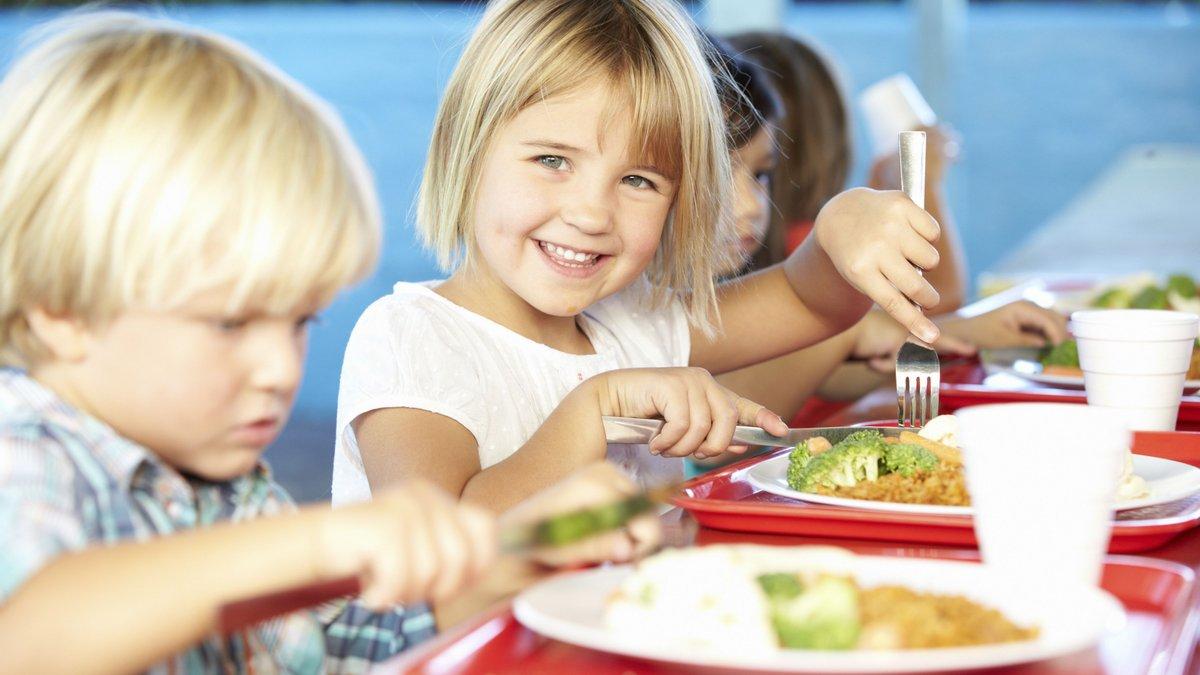 Зменшили кількість цукру та заборонили сосиски.
