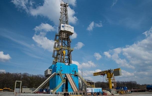 Угоди підписані з державним Укргазвидобуванням і трьома приватними компаніями. Це дозволить залучити в газовидобуток 12 мільярдів.