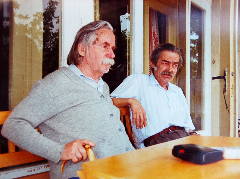 20 травня (тільки в різні роки) народилися два видатні закарпатські письменники, лауреати Шевченківської премії – Іван Чендей (1922 – 2005) і Петро Скунць (1942 – 2007)