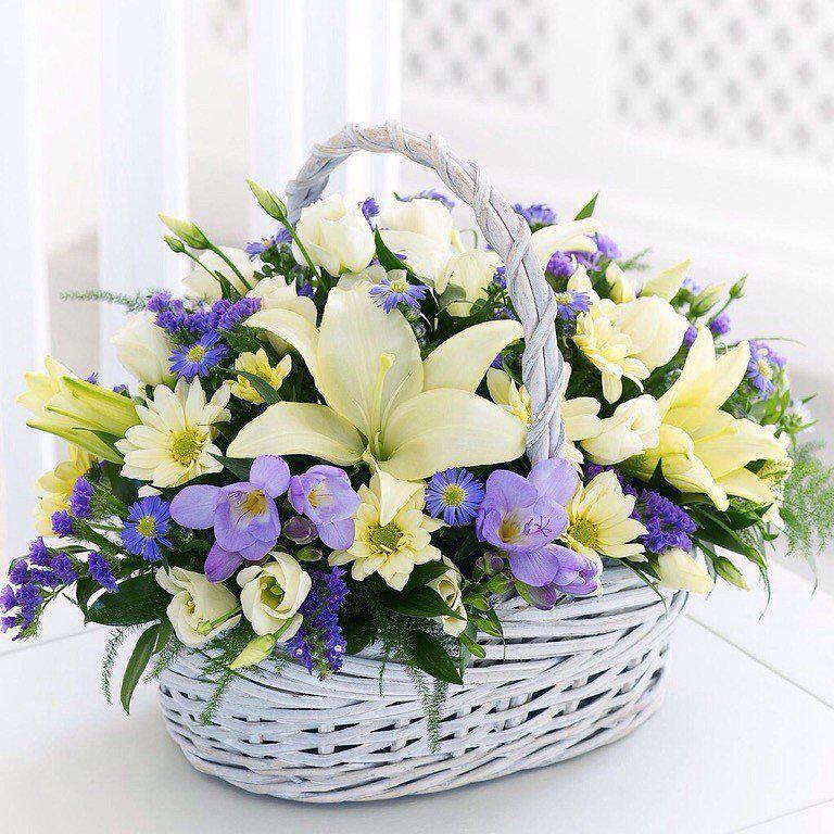 9 квітня народились: Бочкор Наталія та Понзель Володимир.