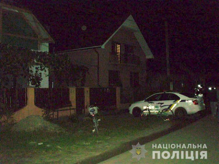 Потерпілий, мешканець села Червеньово,  сам звернувся до правоохоронців.